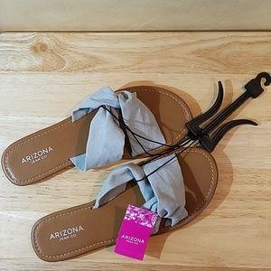 NWT Arizona Slipon Sandals, sz 9m